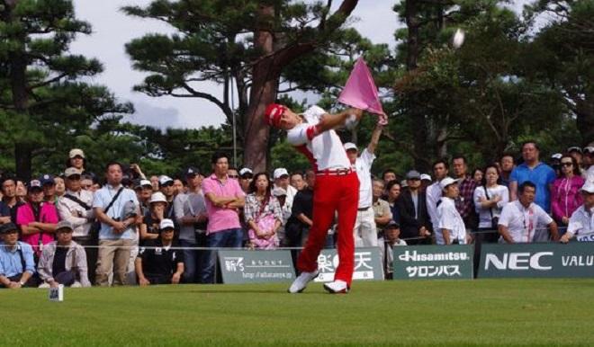 ゴルフで飛距離アップさせる8つの方法